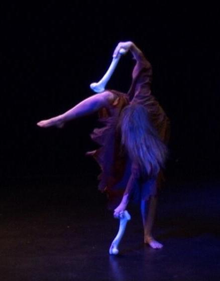 Birgit Schaper - Tanzperformance - Ausdruckstanz