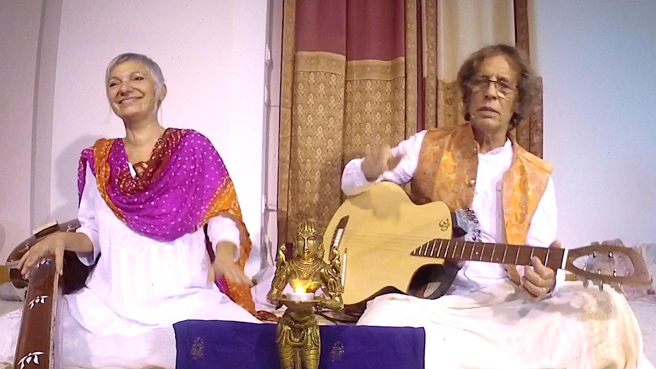Le chant de la Dévotion et de la Connaissance