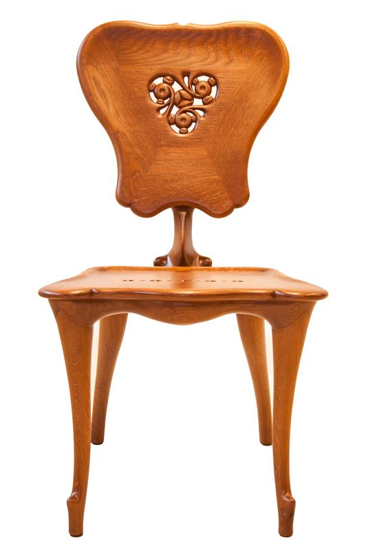 Calvet chair reproduction - Antoni Gaudí