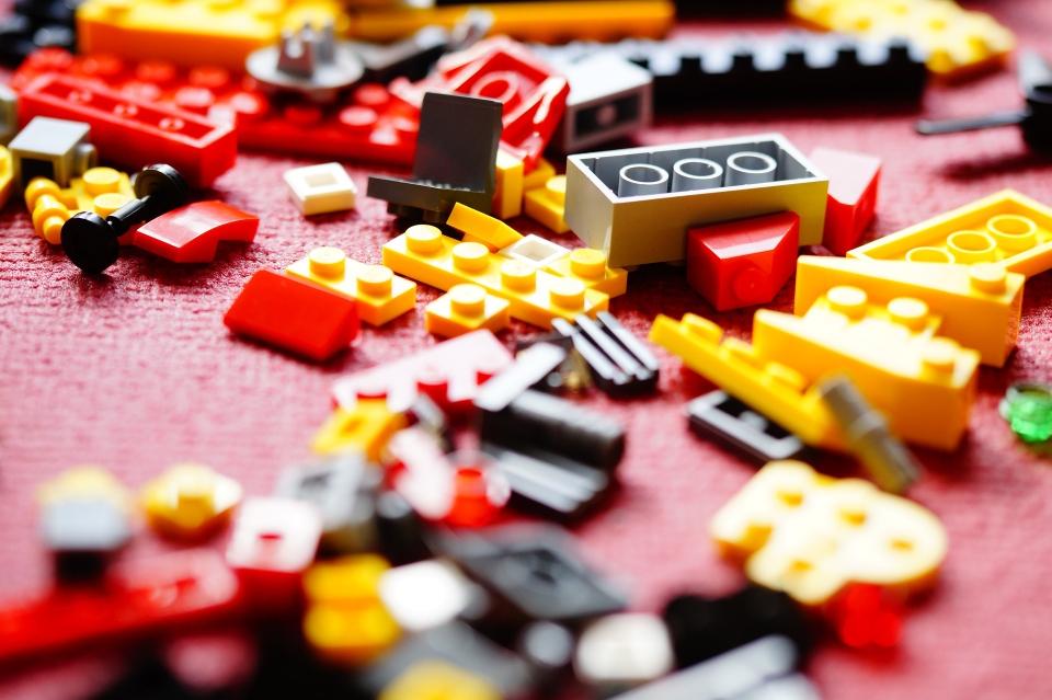 LEGO und Bauklötze fördern die Entwicklung unserer Kinder