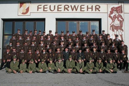 Gruppenbild für das Haibacher Heimatbuch, aufgenommen im August 2007
