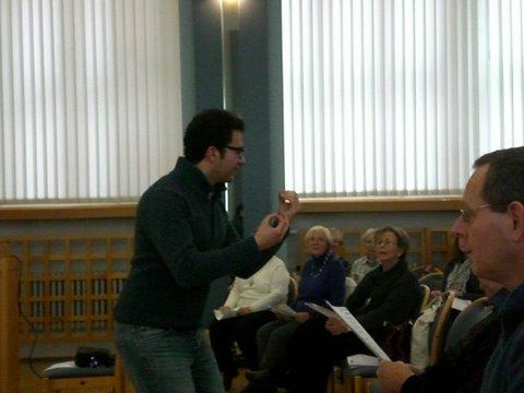 Dozent Rabih Lahoud im Dialog mit den Teilnehmern