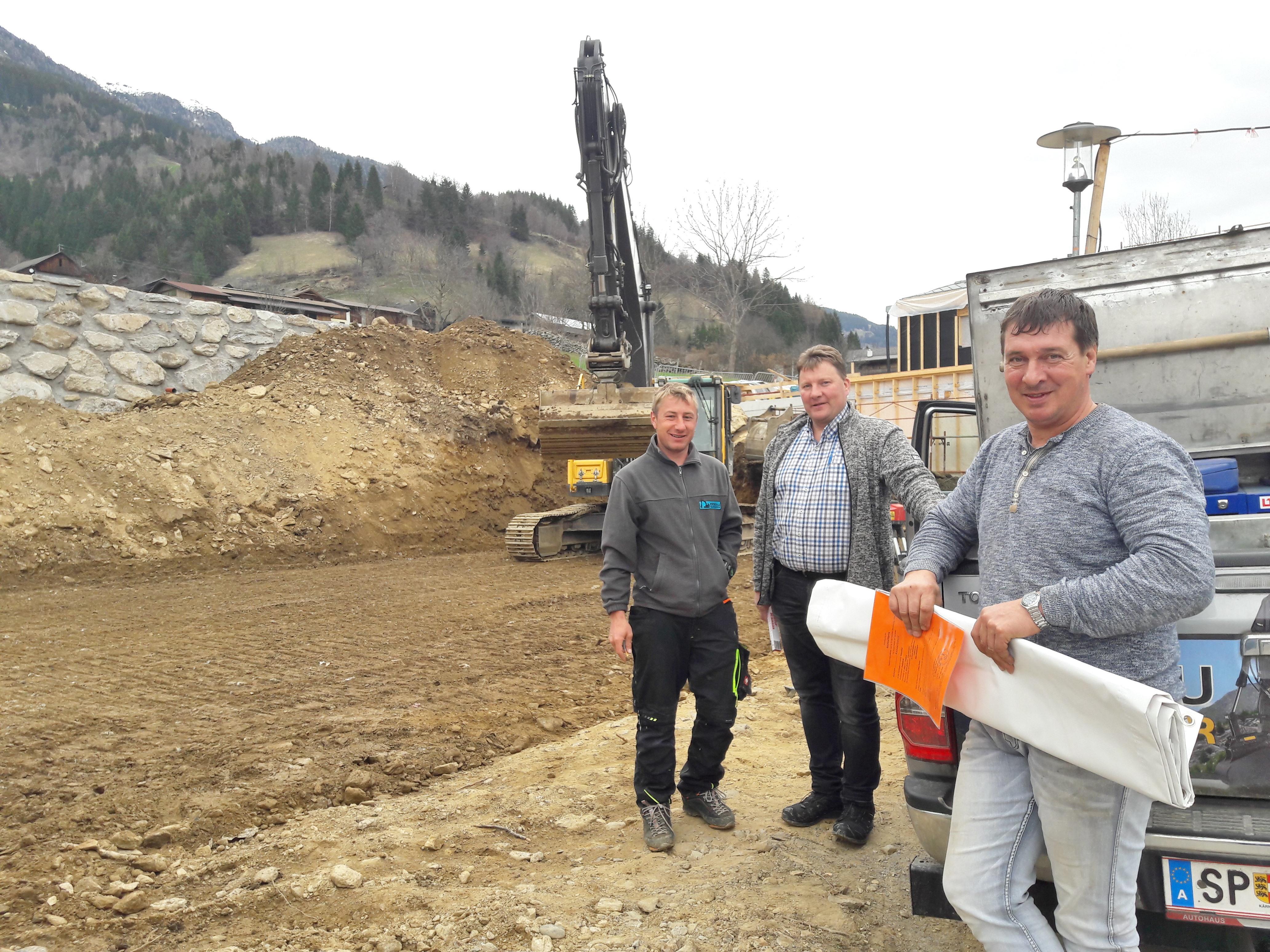 Die Bausaison 2018 hat auch in Tresdorf wieder begonnen ... so wie hier beim Neubau Mar Franz