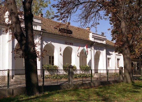 Domsod - Town hall