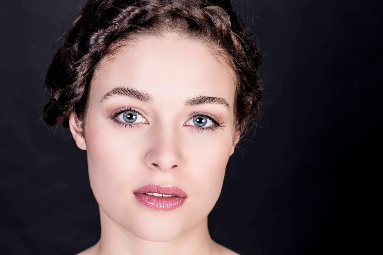 Make Up Artist Und Visagistin Ausbildung Make Up Academy: B L O O S Make-up & Hair Academy