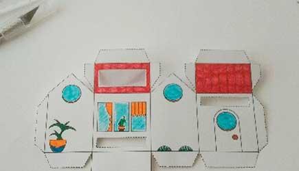 Découpage phase 2 de la Box façon Tiny house d'après le DIY papercraft pas à pas de l'illustratrice Cloé Perrotin