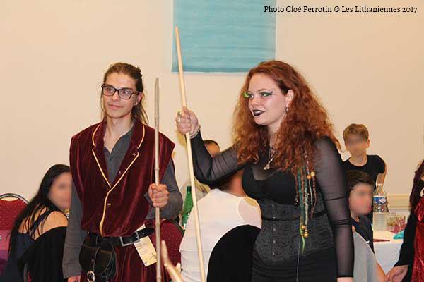 Émilie alias Lundazépa la conteuse et Lancelot Gatel pour le flash mob au banquet des Lithaniennes 2017