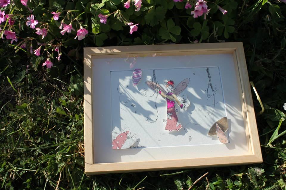 Une fée coccinelle via le DIY papercraft pas à pas pour une illustration en papiers découpés