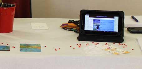 Site de la plateforme éditoriale expérimentale Majuscrit sur tablette à la médiathèque de Dompierre-sur-Besbre