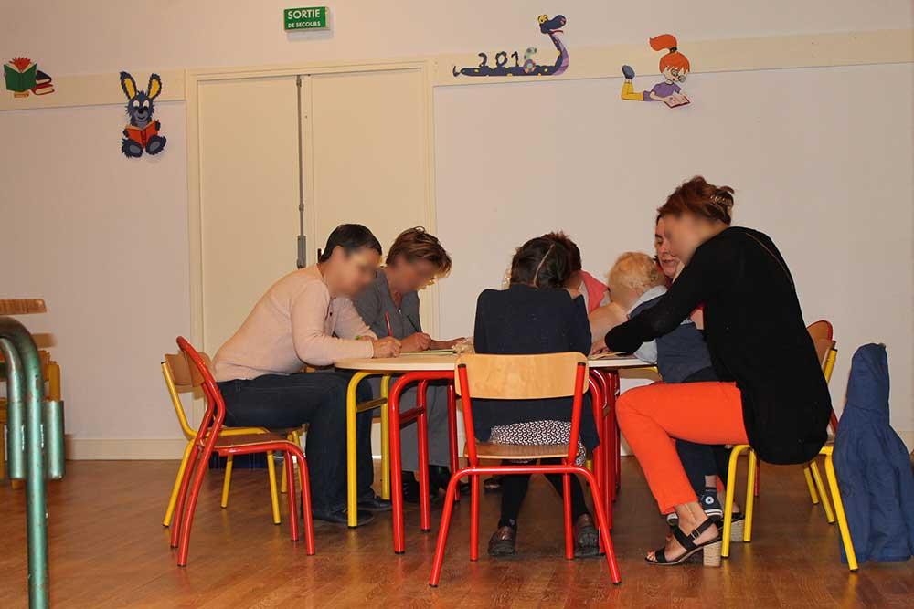 Atelier au salon du livre de l'illustratrice Cloé Perrotin