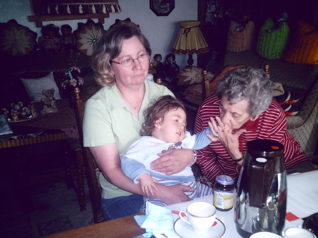 Bei Oma und Opa zu Hause, der letzte Besuch im Juni 2009.