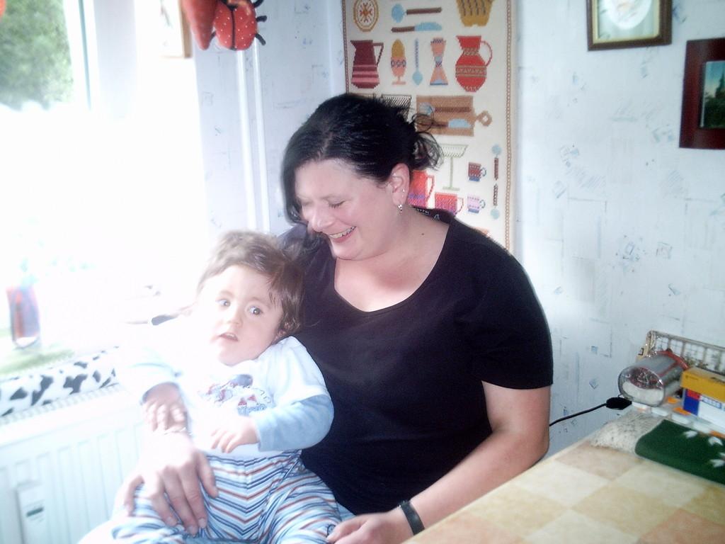 Fynny mit seiner Cousine Janina.