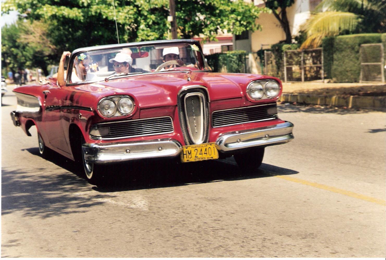 Ford Edsel, Havanna, Foto: Markus Hauser, für Tageszeitungen und Motor Klassik