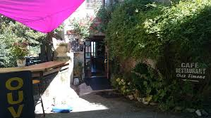 Restaurant chez Simone, à Saint Bertrand de Comminges, site historique et touristique de Haute-Garonne, région Occitanie Pyrénées Méditerranée, Pyrénées centrales