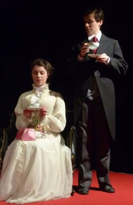 (c) Fran Patelli. THE IMPORTANCE OF BEING EARNEST The Pennyless Players, Literaturhaus Graz. Gudrun Tockner & Anna Holzer.