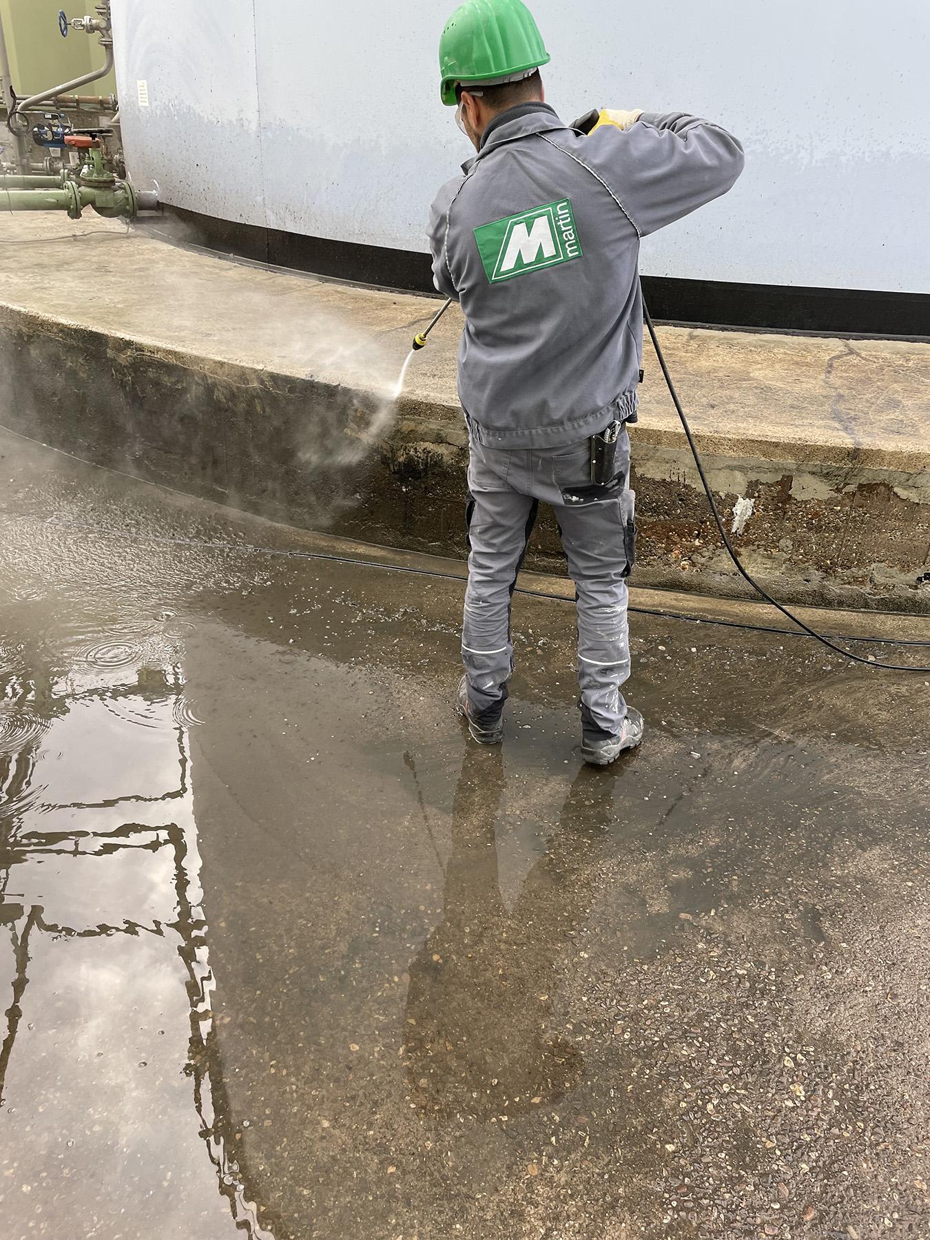 Vorbereitung / Reinigung des Untergrundes