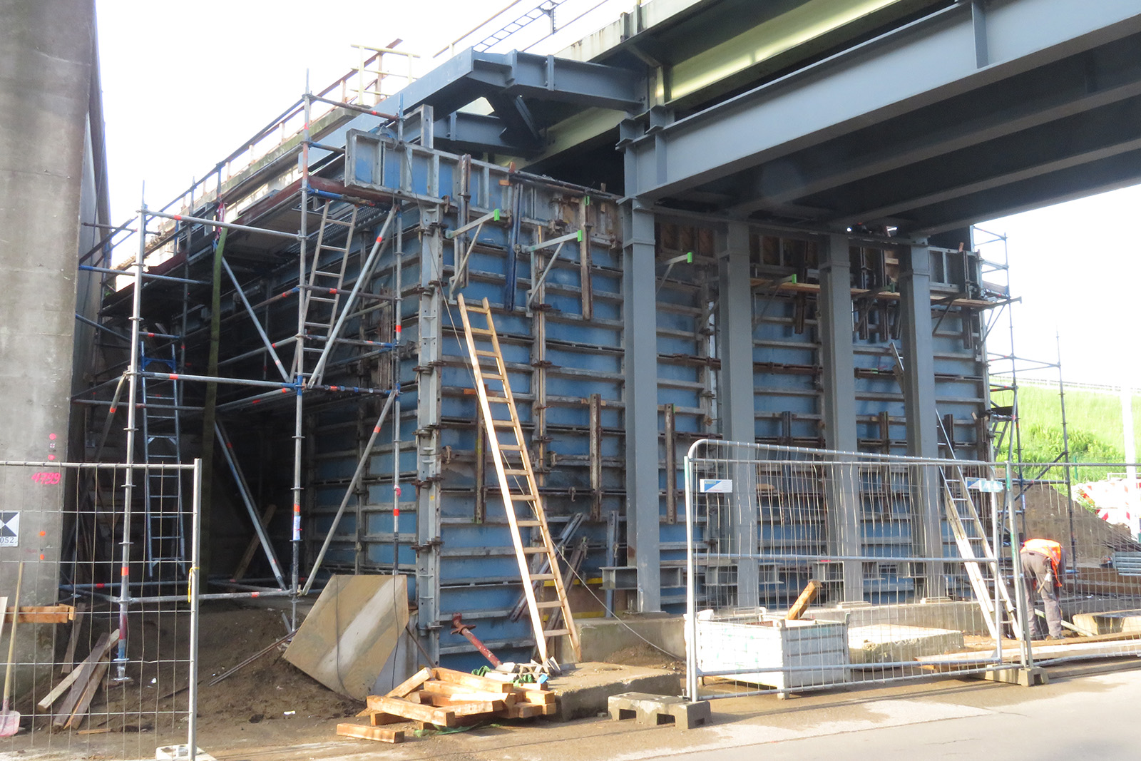 Brückensanierung Marl (im 3-Schichtbetrieb)