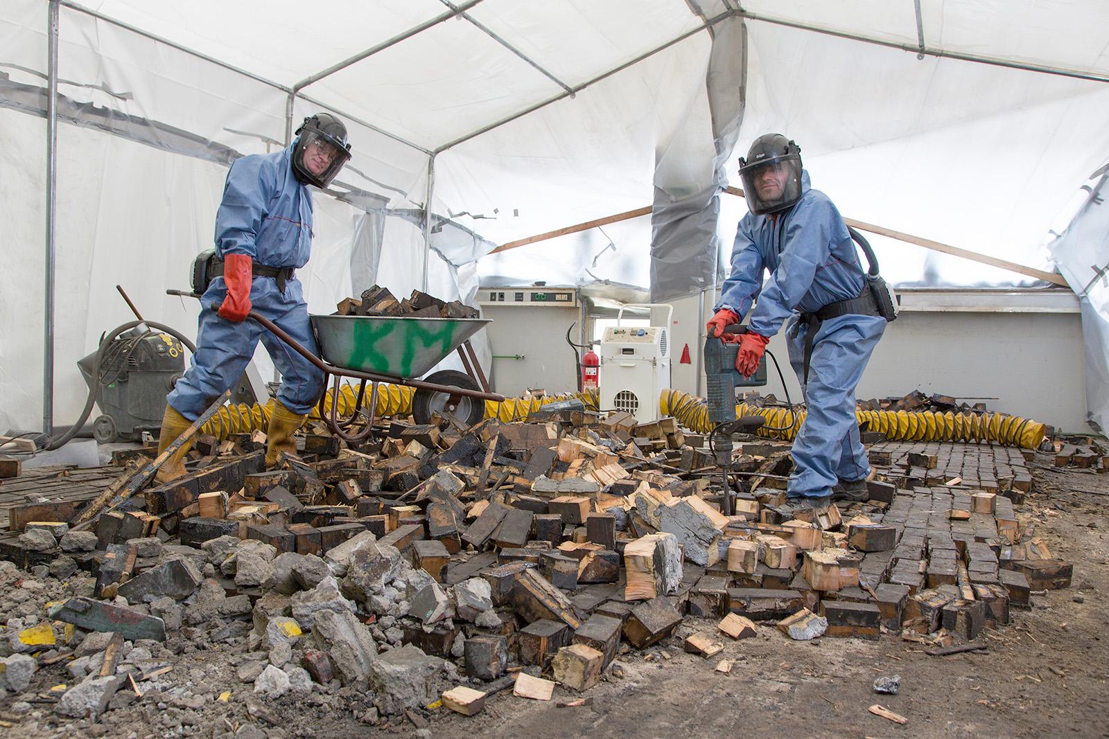 Abbruch im kontaminierten Bereich · Gelsenkirchen