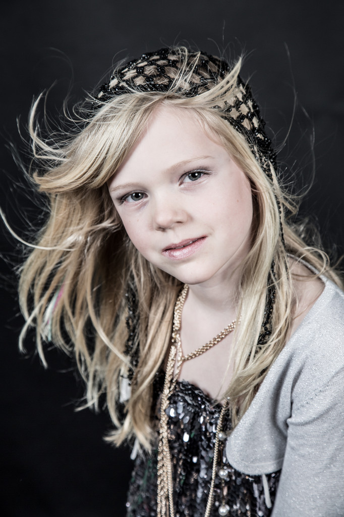 Glamour & Party, Glamour party in gezellige fotostudio met visagie en fotoshooot, je leukste foto, Makeuup Kids Glamour Party,  fotoshoot hairstyling Glamour Glitter