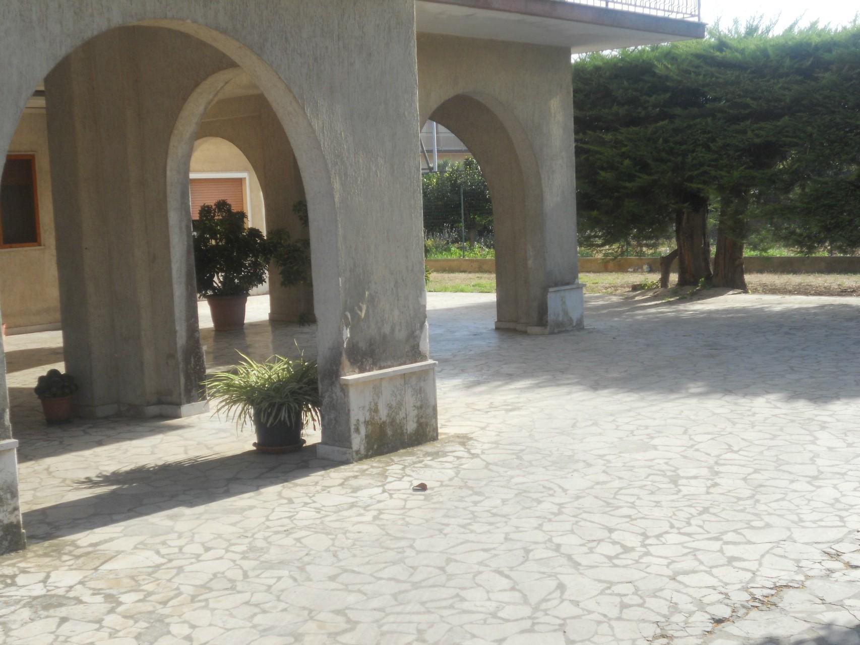 Vista del portico d'entrata.
