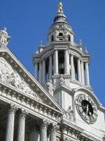 Tour d'horloge de la cathédrale Saint-Paul de Londres