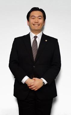 いちろう法律事務所の所属、弁護士の佐藤亮の写真