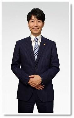 いちろう法律事務所の代表、弁護士の青木一郎の写真