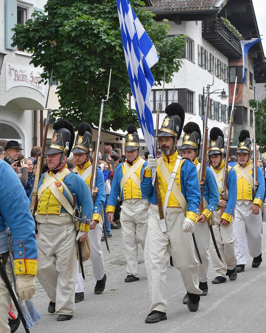 https://www.merkur.de/lokales/garmisch-partenkirchen/garmisch-partenkirchen-ort28711/garmisch-partenkirchen-historischer-festzug-am-pfingstsonntag-9885892.html#idAnchComments