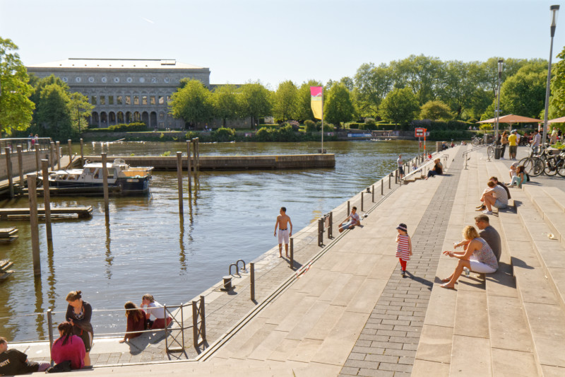 """""""Marina und Promenade in Mülheim/Ruhr (7-45812)"""" - RuhrtalRadweg - Copyright by Franz Walter"""