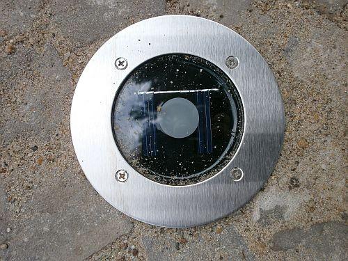 Im Juli 2013 kam noch eine Solar-Einbauleuchte zum Einsatz
