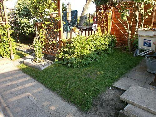 ... heute ist dieser Bereich zu einer schönen Rasenfläche vor dem Pavillon geworden