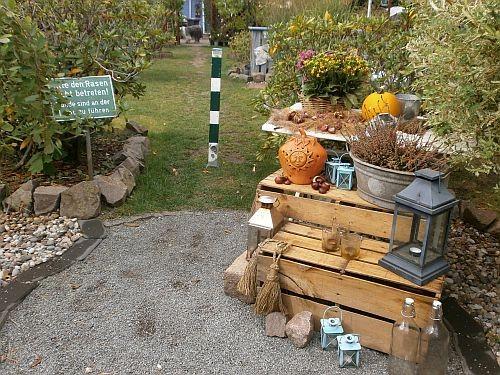Unser Herbst-Tisch empfängt aktuell unsere Gäste im Eingangsbereich