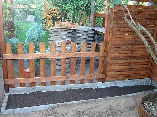 Ein kleines Gartenbeet wird angelegt