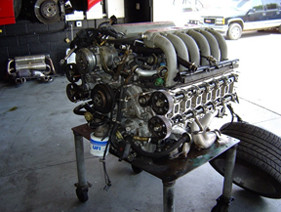 TESTAROSSA ENGINE OUT DURING MAJOR SERVICE.