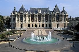Palais des Beaux-Arts à Lille (15kms)
