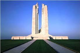 Mémorial canadien de Vimy (à 17 kms)