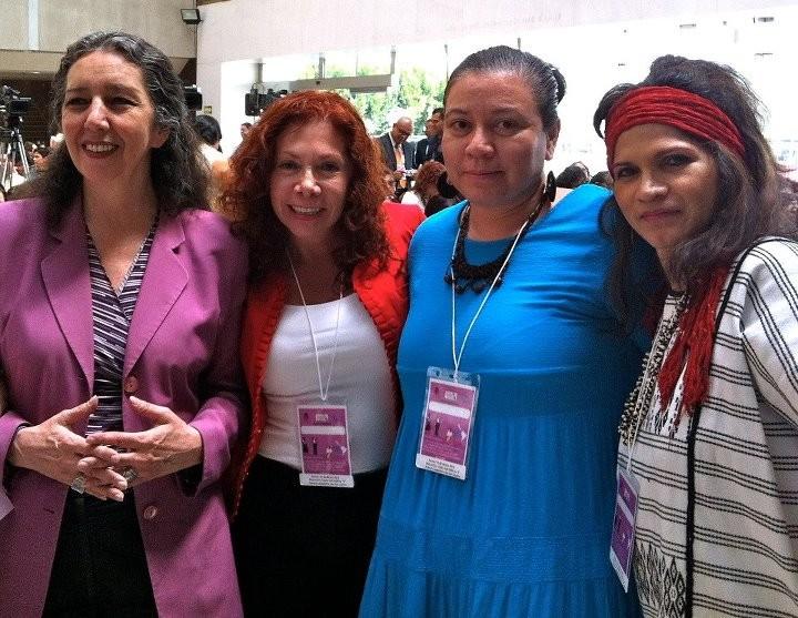 Evento conmemoración de la CEDAW, foto con Marcela Lagarde...todo nuestro apoyo y admiración por su trabajo a favor de las mujeres no sólo en México sino en todo el mundo, un orgullo que sea mexicana.