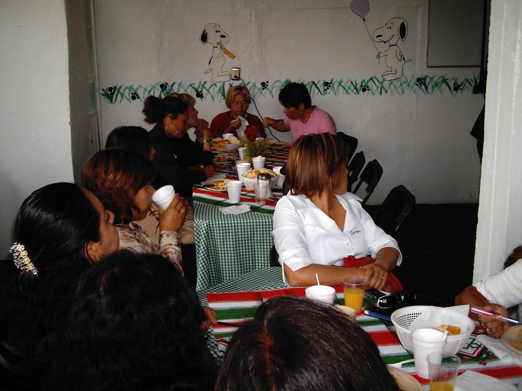 Desayuno en Coacalco Edo. Méx. sep. 2008.