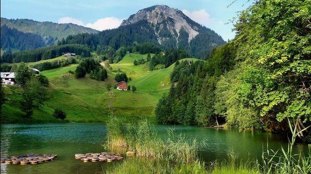 Am Seewaldsee im Gr. Walsertal