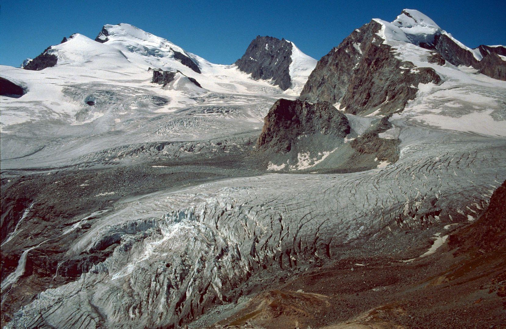 Allalingletscher vom Kleinallalin bei der Britanniahütte