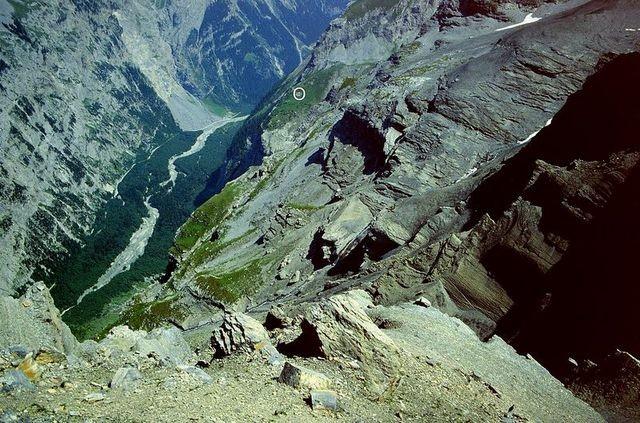 Unteres Tatelishorn vom Gasterntal über Schwarzbachschlucht und Spittelmatte
