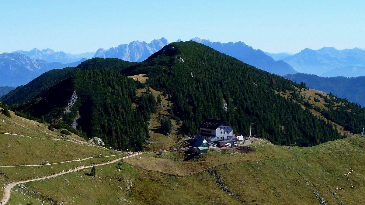 Rotwandhaus -  Wilder Kaiser im Hintergrund