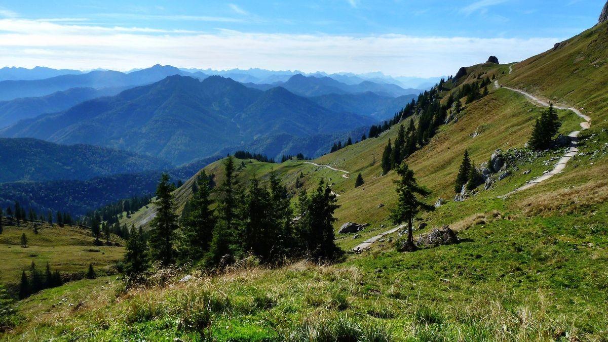 Rückweg vom Rotwandhaus zur Taubensteinbahn-Bergsttion