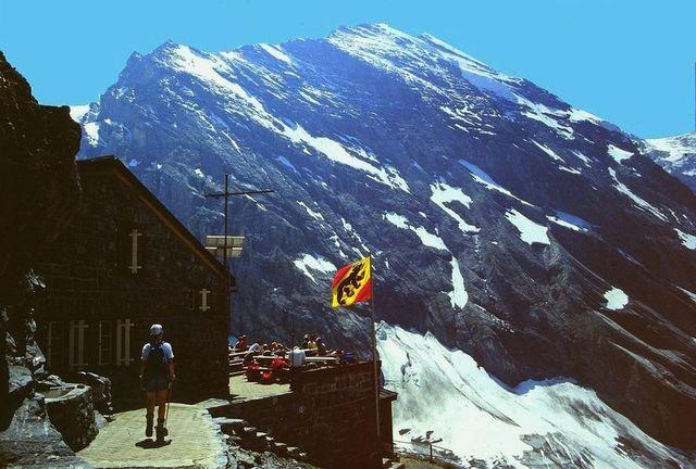 Blümlisalp mit Morgenhorn Nordwand von der Gspaltenhornhütte