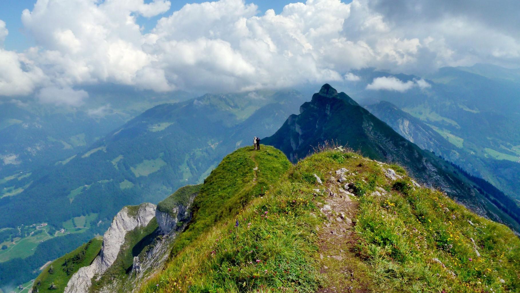 Auf der Holenke. Blick nach Osten zu den anderen Gipfeln der Kanisfluh