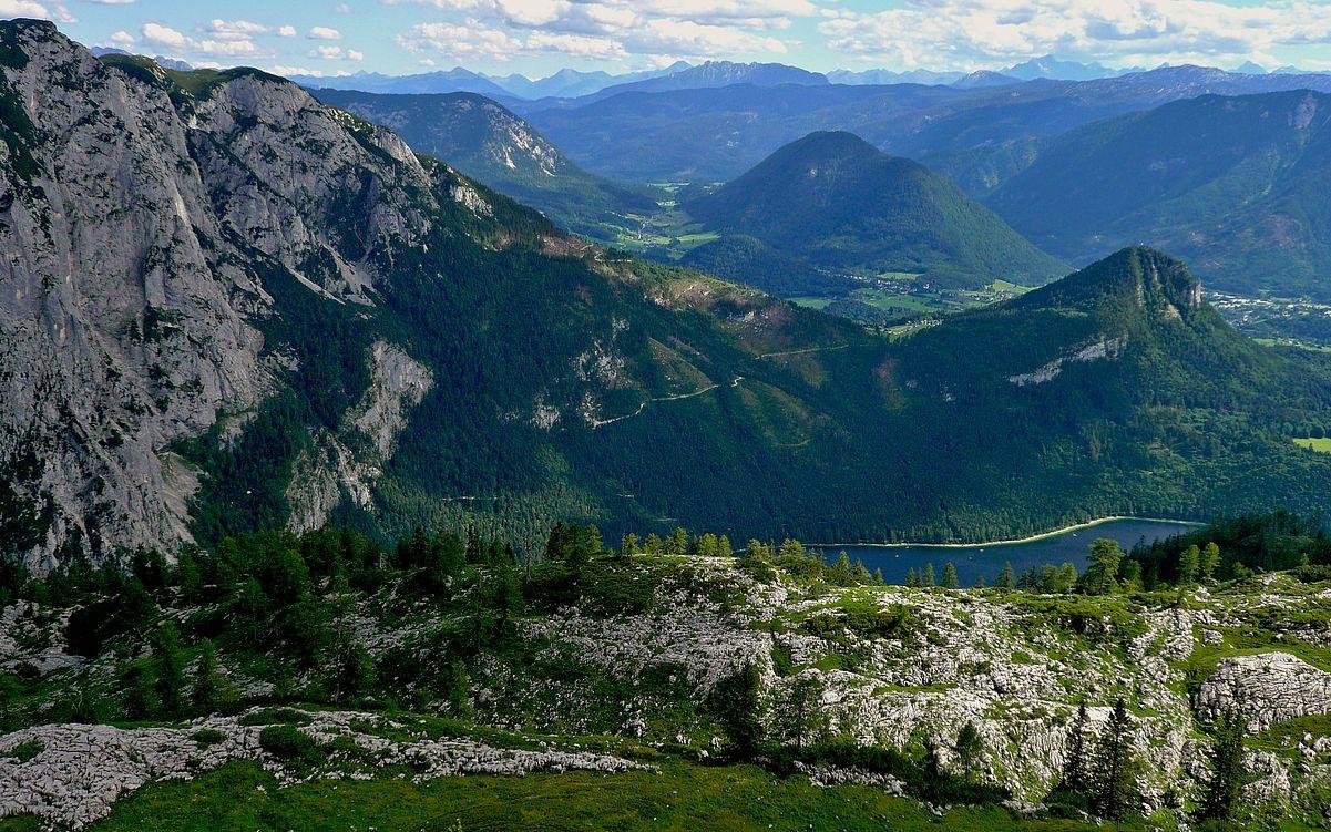 Altausseersee, Trisselwand und Tressenstein vom Weg Augstsee-Parkplatz