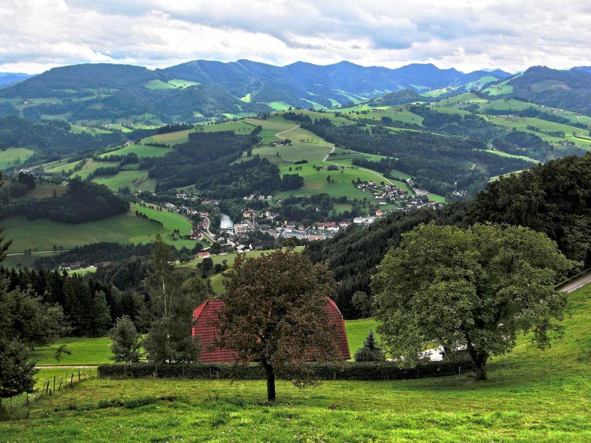 Das Mostviertl mit dem Ybbstal und den Ybbstaler Alpen