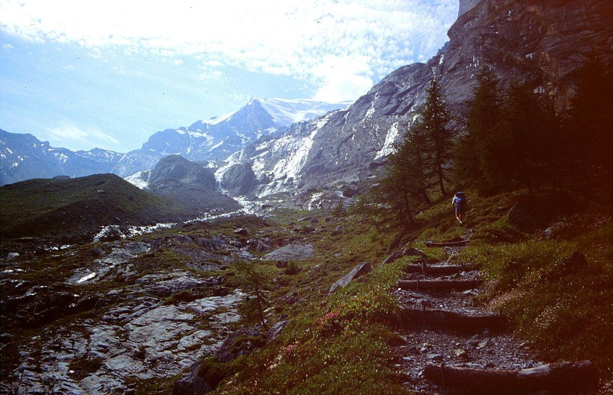 Foto von 1992: Steiler Anstieg im Kessel unter der Balmhorn-Nordwand
