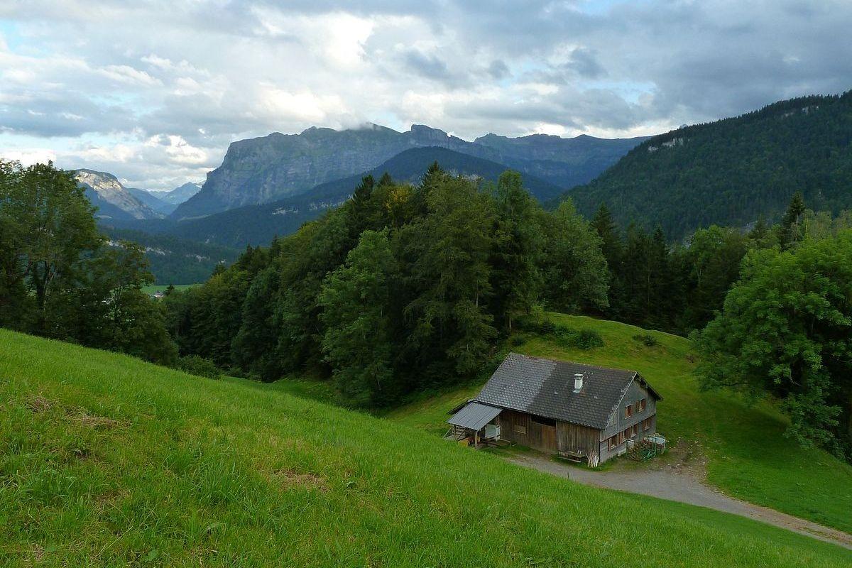 Kanisfluh und Gopfberg vom oberen Alpgebiet am Klausberg