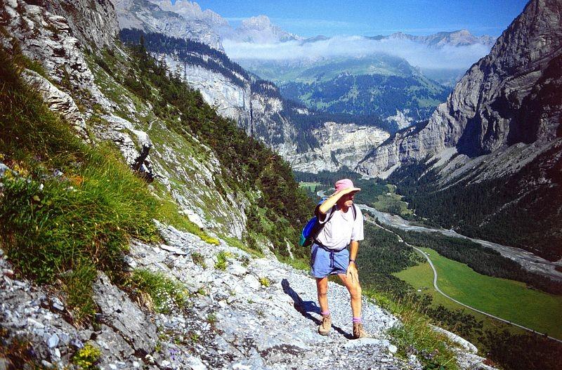 Foto von 1992: Am Steig zur Balmhornhütte. Blick Richtung Chlus.